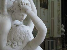 800px-Antonio_Canova-Cupid's_Kiss-3-Hermitage